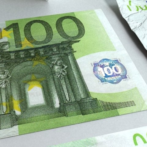 100 Euro Paper Money 3D Model